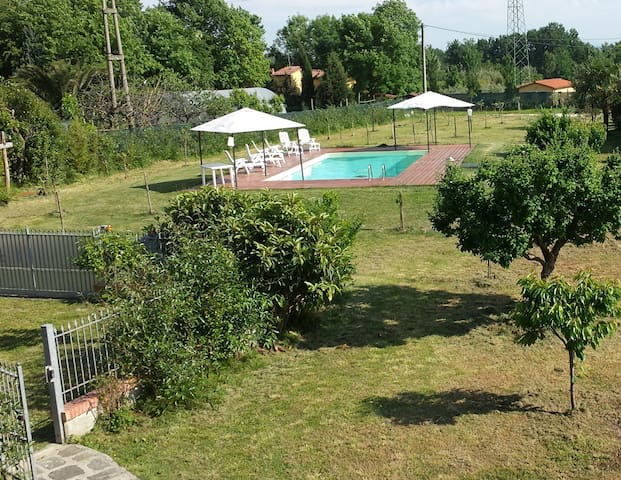 Country villa with pool in Tuscany - Borgo A Buggiano