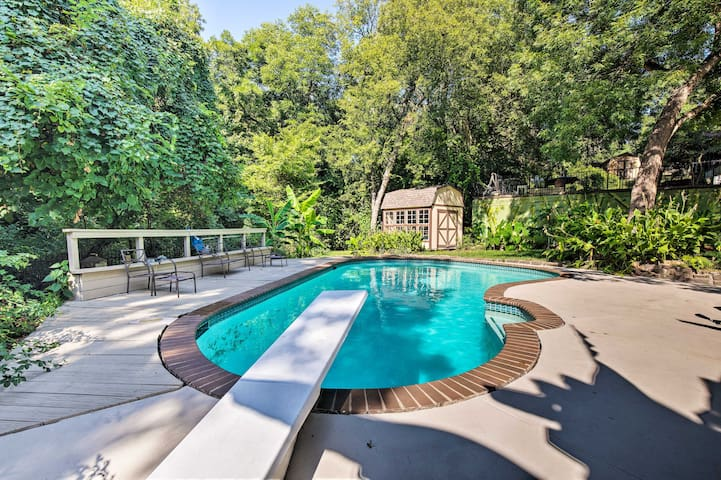 Dallas Area Home w/Pool -18mi to AT&T Stadium