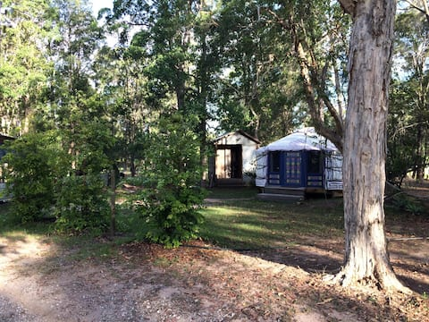 """The Yurt"" glamping experience in Noosa Hinterland"
