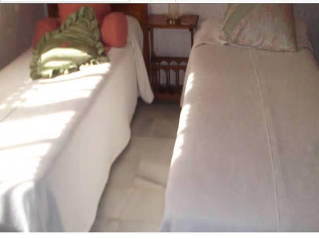 Habitación compartida Bed &  Breakfast en Chiclana - Chiclana de la Frontera - Bed & Breakfast