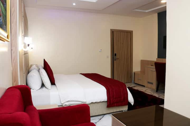 Parkview Astoria Ikoyi - Supreme Room