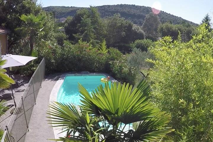 Villa in stunning location close to Ardèche River, near Gorges
