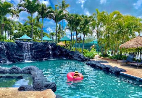 A Paradise Resort w/Pools, Hot Tub & More! 22acres