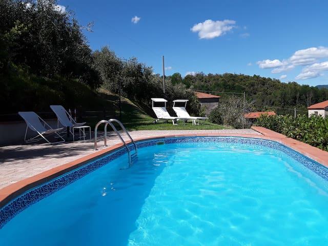 Toscana. Panorama, relax, piscina