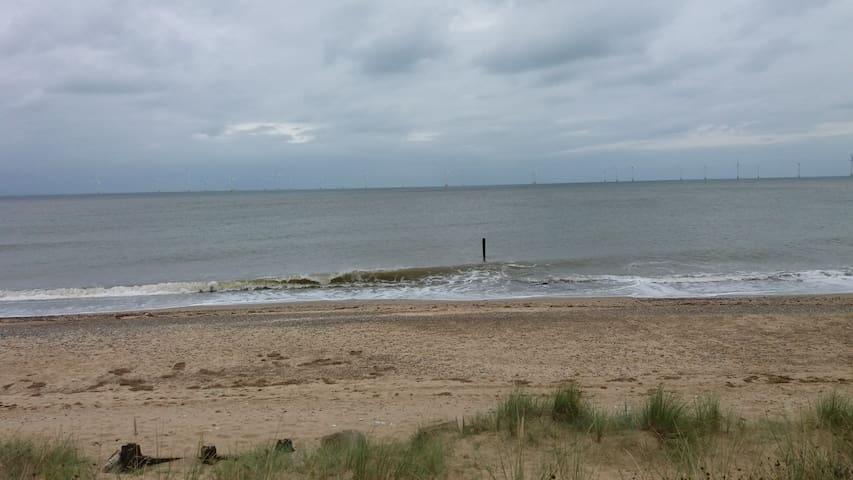 Cosy Beach Cottage - Caister-on-Sea