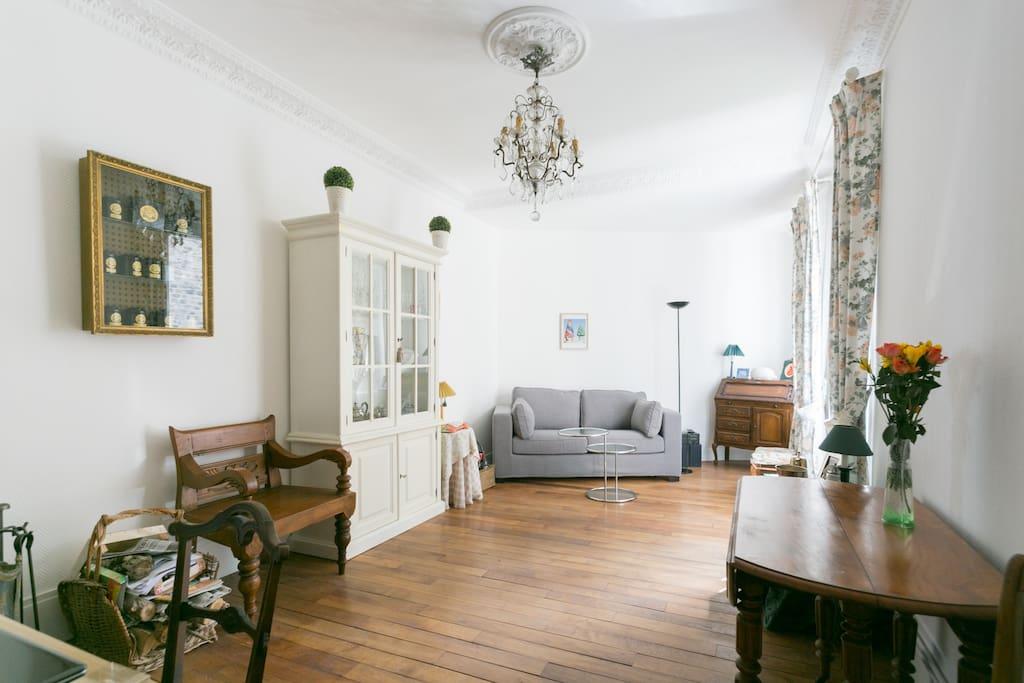 Chambre priv e avec tout le charme de l 39 ancien maison d for Chambre d hote de charme paris
