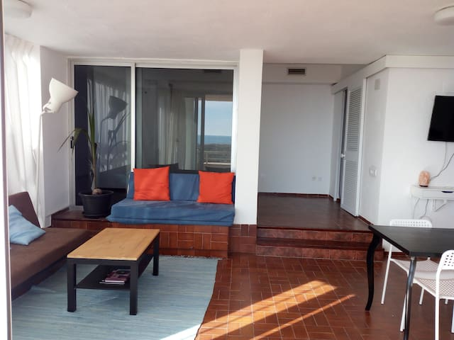 First line of beach with terrace and swimming pool - Walencja - Apartament