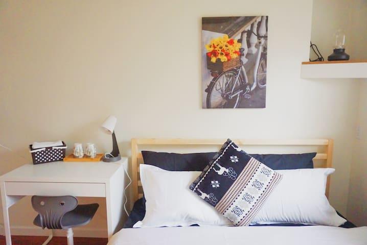 ❤️MC08 Vancouver McBain Home Hotel