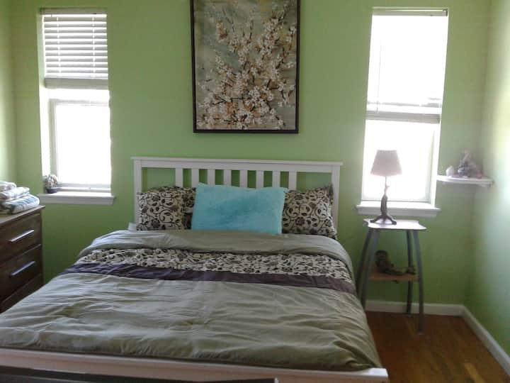 Ocean Green Room