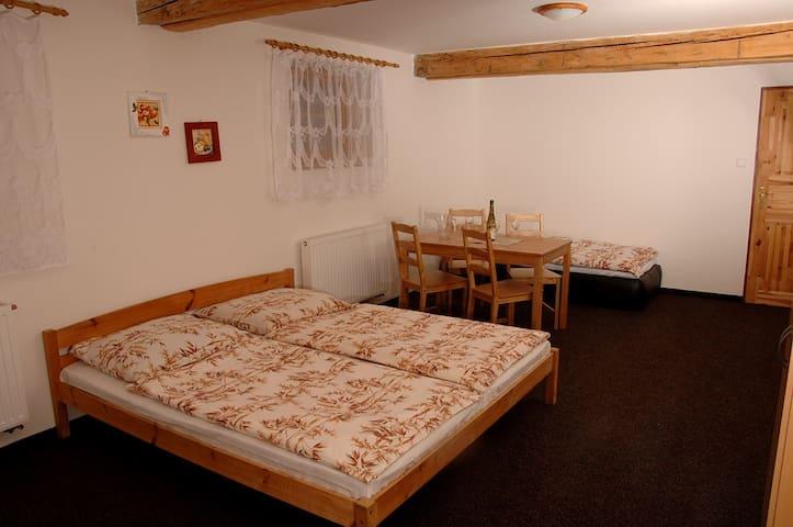 4-lůžkový pokoj v penzionu Daniela.