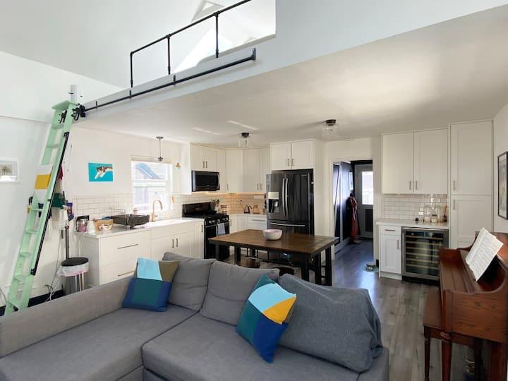 Wonderfully located charming modern house