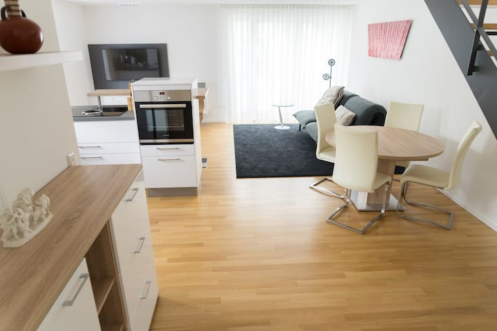 First-class boardinghouse in Tuttlingen centre - Tuttlingen - Appartement