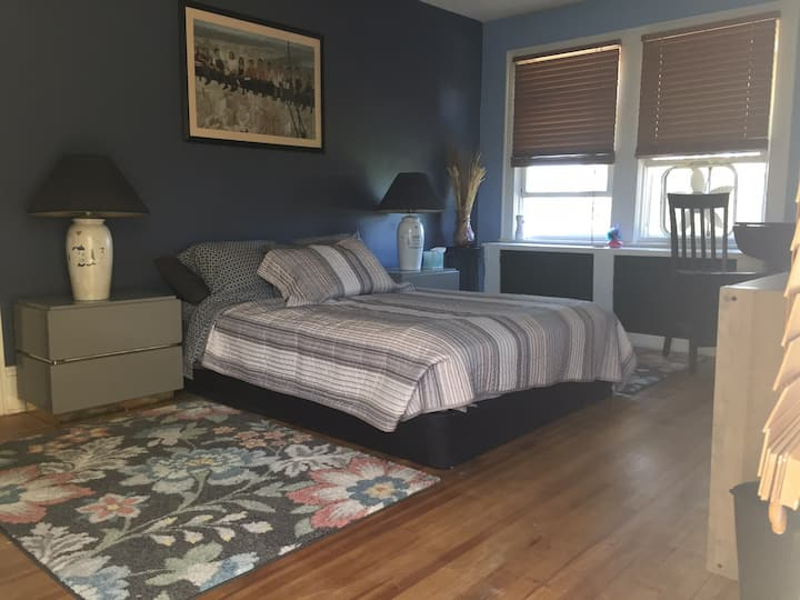 Half apartment in central Mays Landing