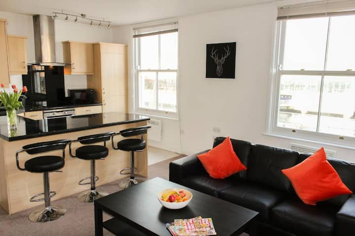 Stylish and spacious apartment in historic Hull