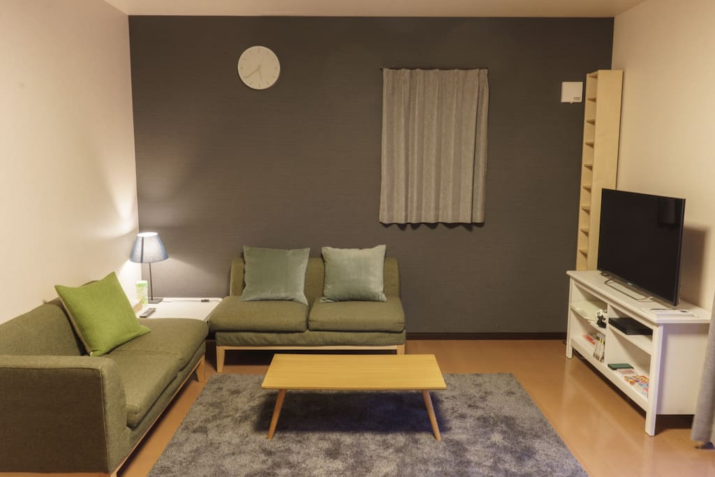 New stylish house for tourists near narita airport case for Living room of satoshi