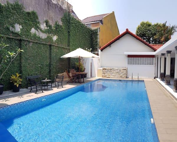 Classic Villa with private swimming pool