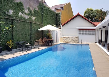 Classic Villa with private swimming pool