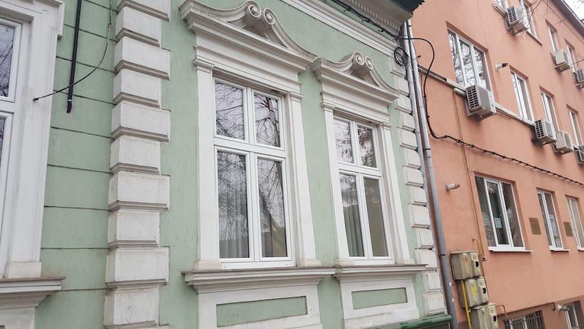 (URL HIDDEN) - Superior with Terrace - Satu Mare - Pis