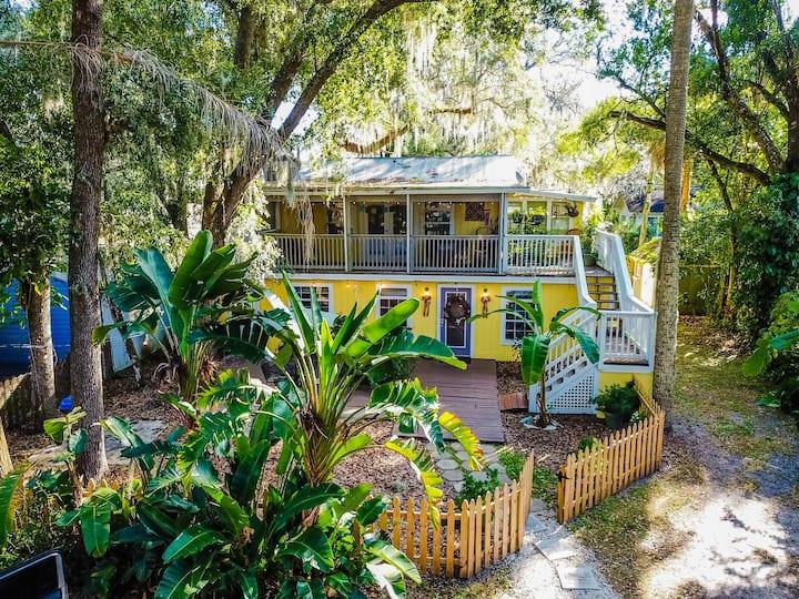 ☀️ Historic Downtown Sanford Sunshine Cottage!