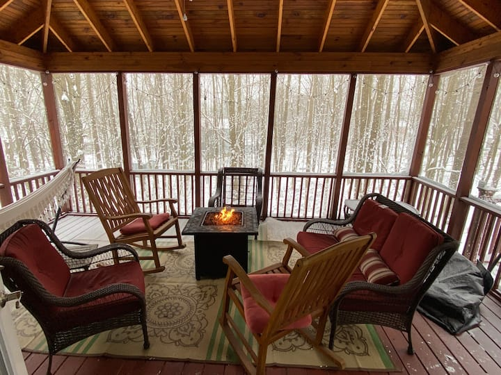 Patterson Bliss | Cozy Lake Escape |Canoe Included