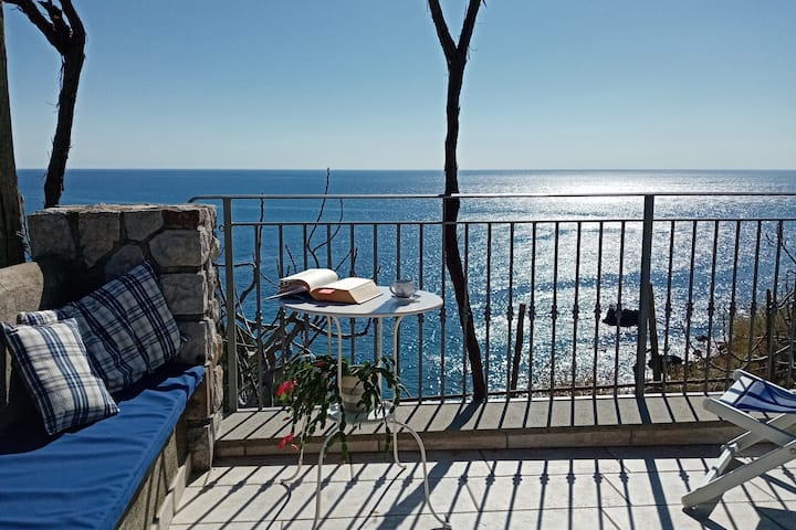 LA PIETRA VIVA, Marina del Cantone