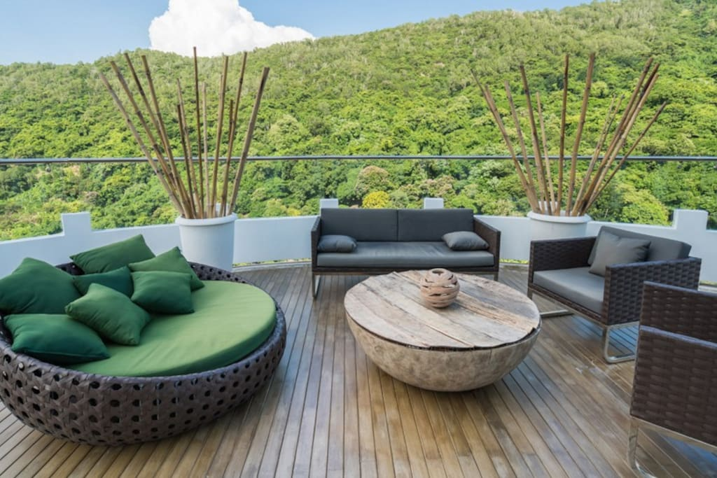 Amazing terrace with Comfortable sofas where you can Relax and Enjoy the Sun all day.