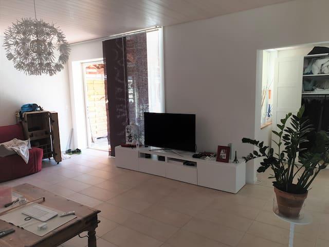 Appartement au calme avec terrasse