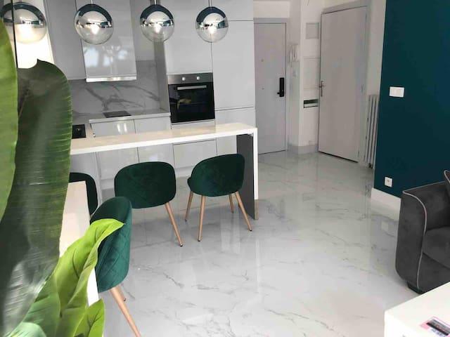 Appartement avec terrasse au bord de mer CAP3000