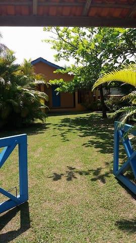 Casa 300 mts da praia. Paraíso ecológico
