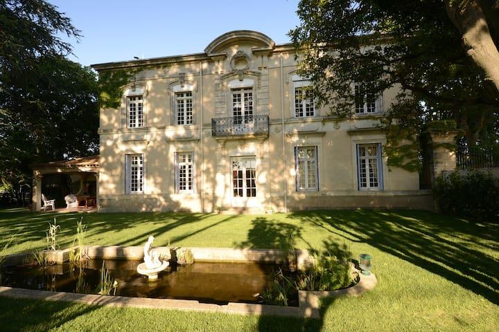 Chateau du Puits es Pratx 04 Artellier bedroom