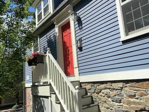 Delightful Guest Suite in Historic Neighborhood