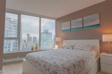 Beautiful bedroom in downtown with View Gym Pool