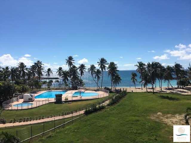 Akoya Beach : Sea View Condo & Direct Beach Access