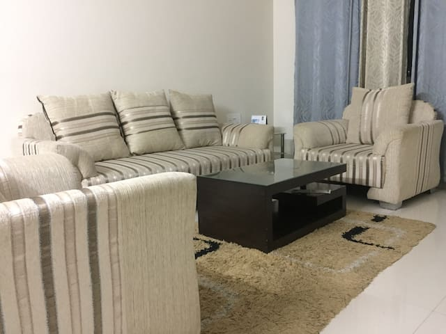 fully furnished apartment in mumbai
