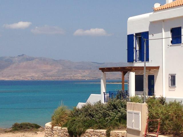 Gorgeous Villa Sea Front - Elafonisos