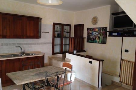 Casa nel centro storico di Minturno - Minturno