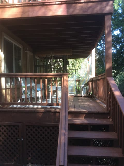 Searls Inn Nevada City-Private entry walk to town