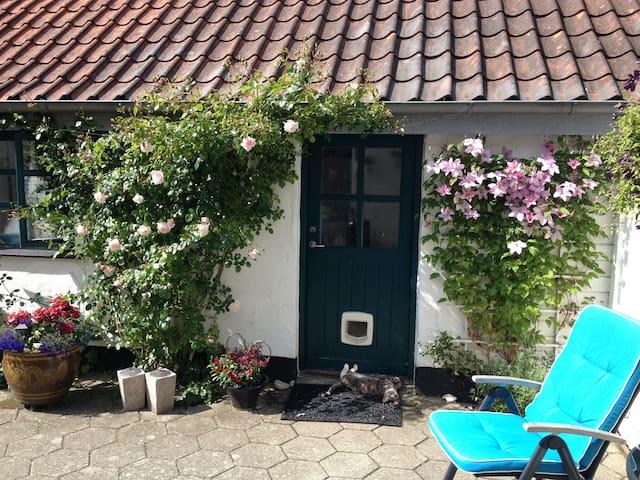 Idyllisk gæstehus tæt på skov og strand - Ebeltoft