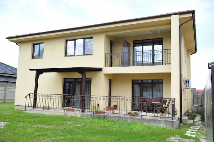 Villa 290 mp in  Baile Felix -thermal water resort