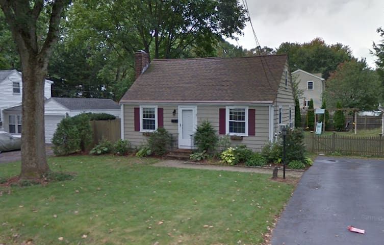 Cozy family home - Framingham - Casa