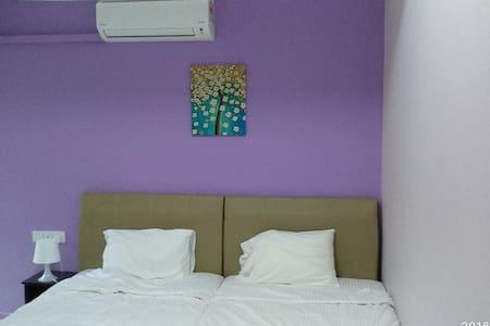 Shared Apartment at API-API center(2 SS beds R3)