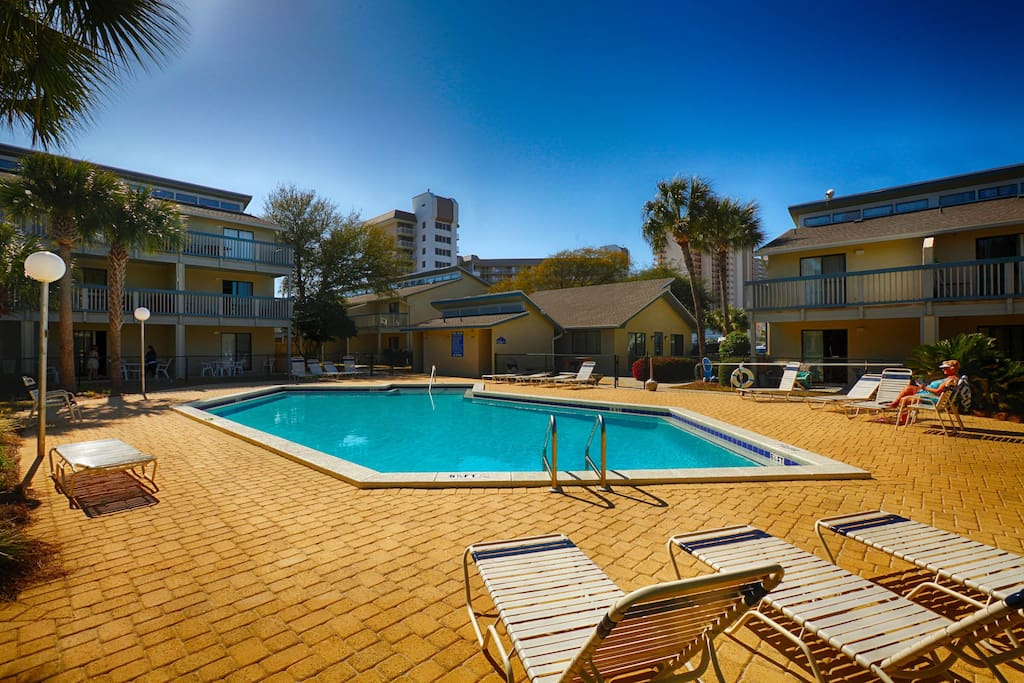Sunswept 409 condominiums for rent in panama city beach florida united states for 3 bedroom condos for rent in panama city beach fl