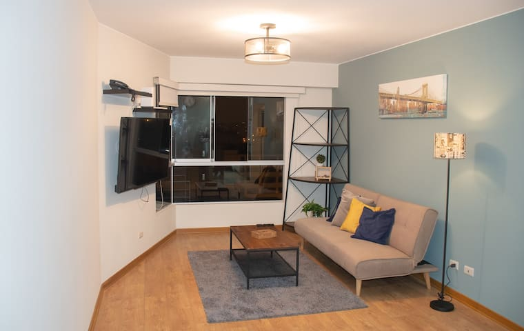 Cozy,new,modern & private Apt in principal avenue