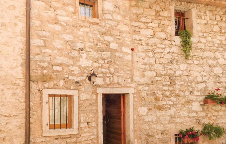 Terraced house with 3 bedrooms on 60 m² in Erto -PN-