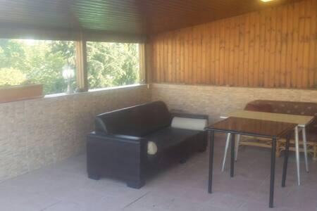 Warm room in the center of Herzliya - Lakás