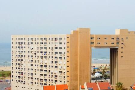 Apartment on the beach !