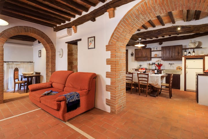 La Corte apartment - 3 bedrooms with bathroom