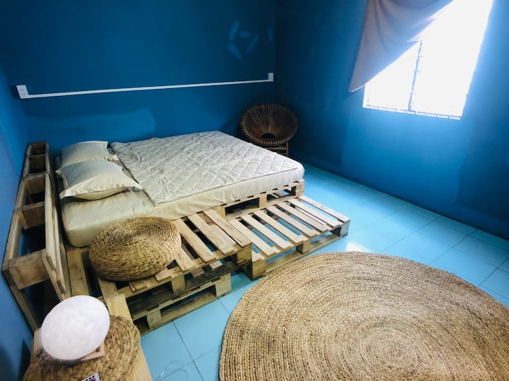 Cozy furnited room in the center of Buon Ma Thuot