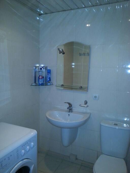 Ванная комната со всеми удобствами.