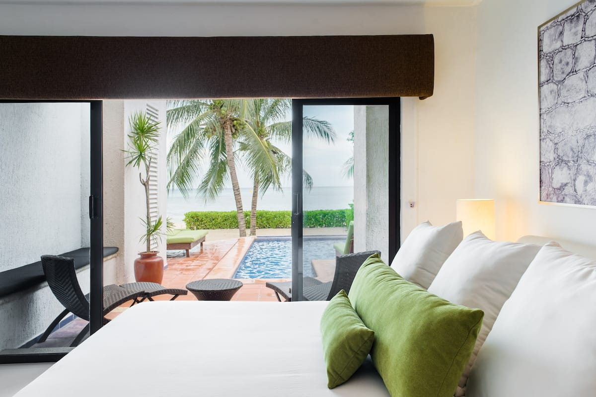 Truly Lush Beachfront Caribbean Villa